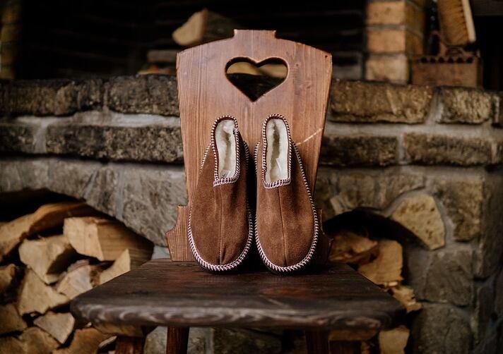 Papuci calzi pentru picioarele d-voastră