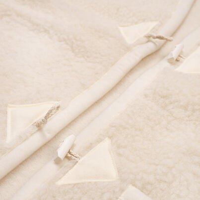 Gombos mellény birka gyapjúból - természetes
