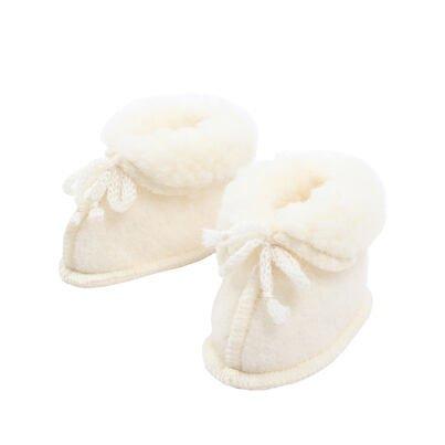 Novorodenecké capačky z ovčej vlny