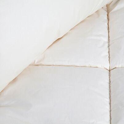 Setul de pat matlasat Tradițional de iarnă cu cearșaf