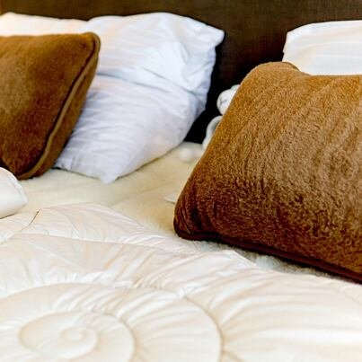 Premium summer quilted blanket with Merino wool