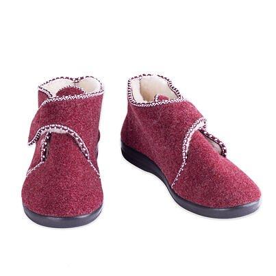 Dámske papuče sovčou vlnou na suchý zips červená