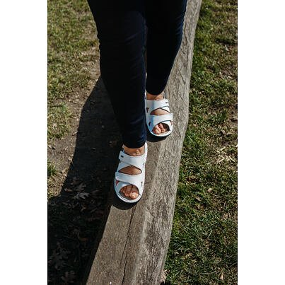 """Women's anatomical leather sandals """"Alena"""" -  White"""