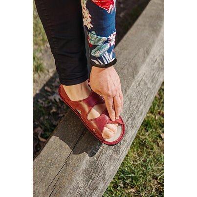 Sandale anatomice din piele pentru femei Alena - roșu