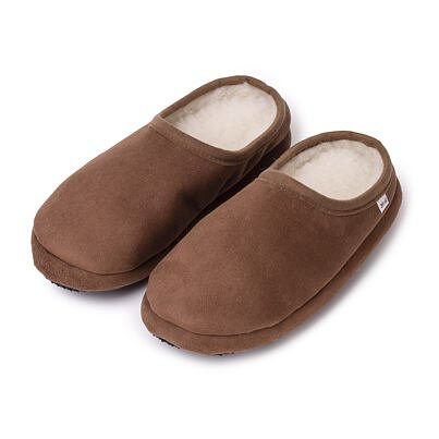 Velour slippers with sheep wool
